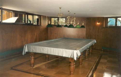 Billiard And Snooker Heritage Collection Unusual Snooker Table - Under pool table storage